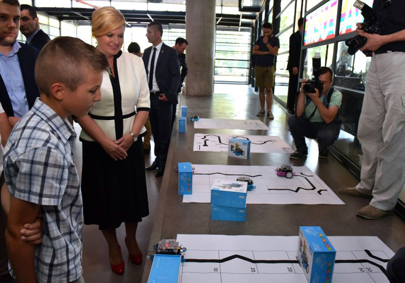 Predsjednica Kolinda Grabar Kitarović na svečanoj dodjeli nagrada Croatian Makers lige